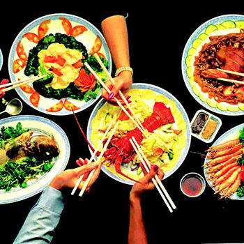 چینی در رستوران - غذا خوردن در چین